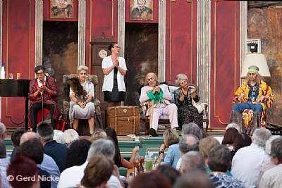 """Sommertheater im Hofriethgärtlein - """"Hamlet II"""" Karlstadt"""