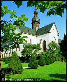 Weingenuss im Kloster - Hessische Landeswein- und -sektprämierung Eltville am Rhein