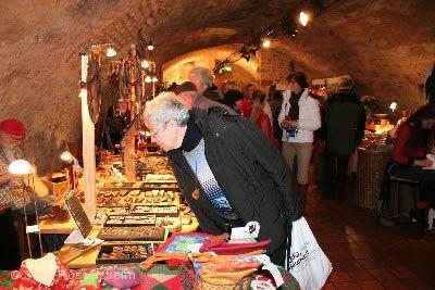 Kunsthandwerkermarkt in der Festung Rüsselsheim