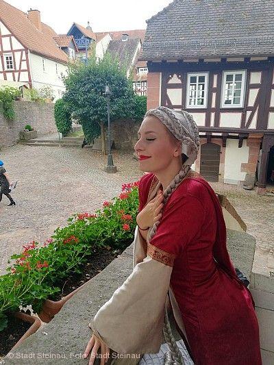 Märchenspiel: Madame Amélies rätselhafte Märchenrevue Steinau an der Straße
