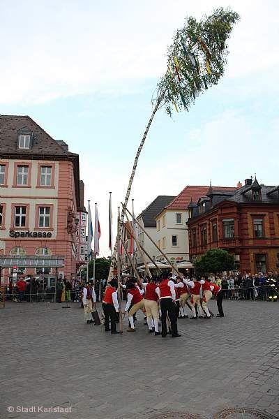 Maibaumaufstellung Karlstadt