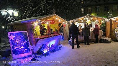 Nickelches Määrt - Weihnachtsmarkt im Schloss Gedern
